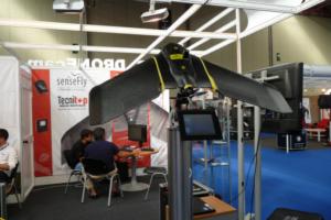 Tecnitop empieza a distribuir el dron ELIOS en Expodrónica 2017