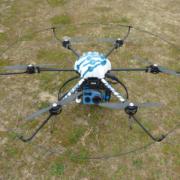 Inspección y mantenimiento de líneas eléctricas con drones
