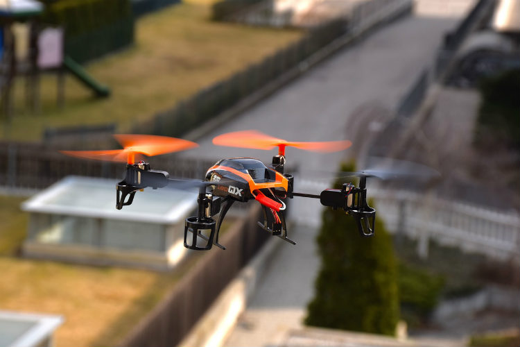 Reino Unido extiende la zona de exclusión para drones alrededor de los aeropuertos