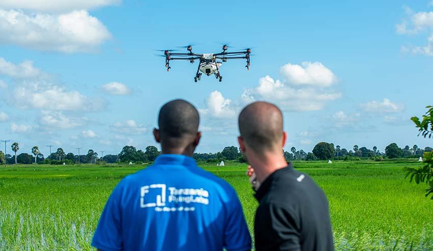 Drones agrícolas DJI en la lucha contra la malaria en África