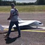 Link&Fly de Akka Technologies completa primer vuelo de su dron a escala