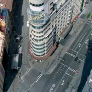 Cómo hacer vuelos profesionales con drones en zonas urbanas