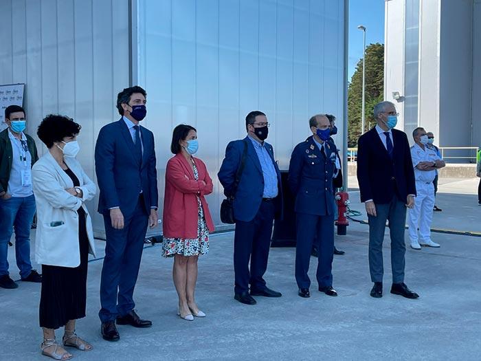 Autoridades en las  Demostraciones aéreas de UNVEX 2021 , que culminan tres días de evento