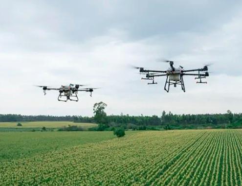 Los DJI Agras T10 y T30 dedicados a la agricultura disponibles en más de 100 países